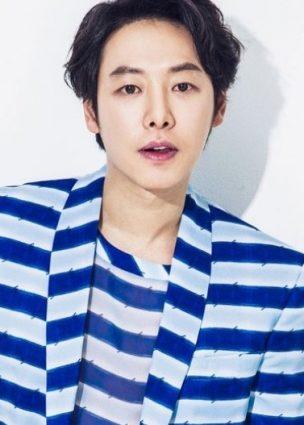 """الممثل Kim Dong Wook و Park Se Young يؤكدان بطولتهما للدراما القادمة """"Special Labor Inspection Team"""" + لا تزال Seol In Ah في محادثات"""