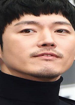 الممثل Jang Hyuk ينضم بجانب Yang Se Jong و Woo Do Hwan و Seolhyun في دراما JTBC القادمة