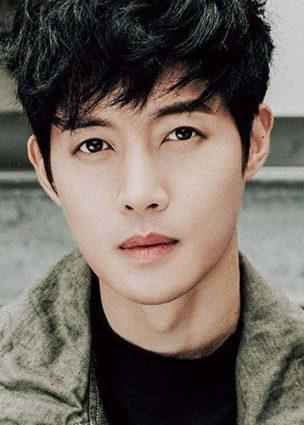 الممثل Kim Hyun Joong في محادثات للإنضمام لبطولة دراما الويب الرومنسية القادمة