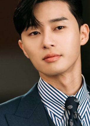 الممثل Park Seo Joon في محادثات لبطولة دراما JTBC